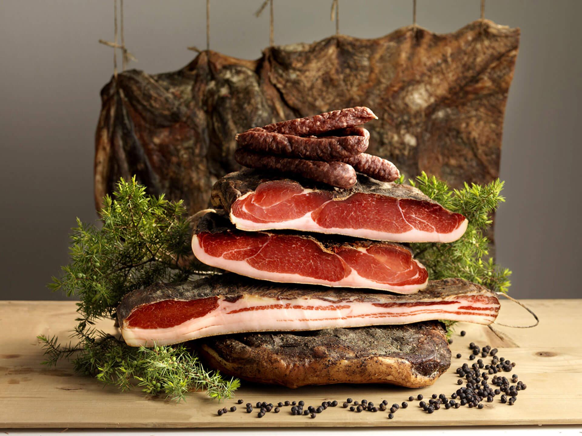Südtiroler Speck nach traditioneller Herstellung